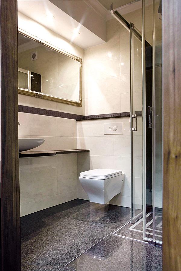 W hotelowych łazienkach zainstalowano 70 stelaży Eco Plus z wodooszczędnymi spłuczkami Visign 2 i płytkami uruchamiającymi Visign for Style 10