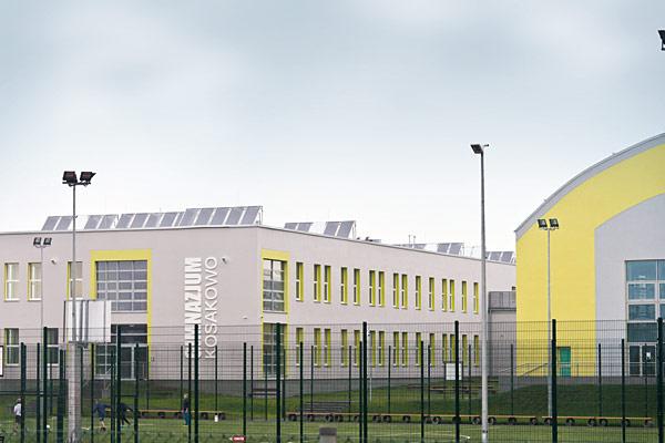 Rys. 1. System Profipress wykorzystano w instalacji solarnej w nowo wybudowanym, spełniającym wysokie standardy kompleksie dydaktyczno-sportowym w Kosakowie