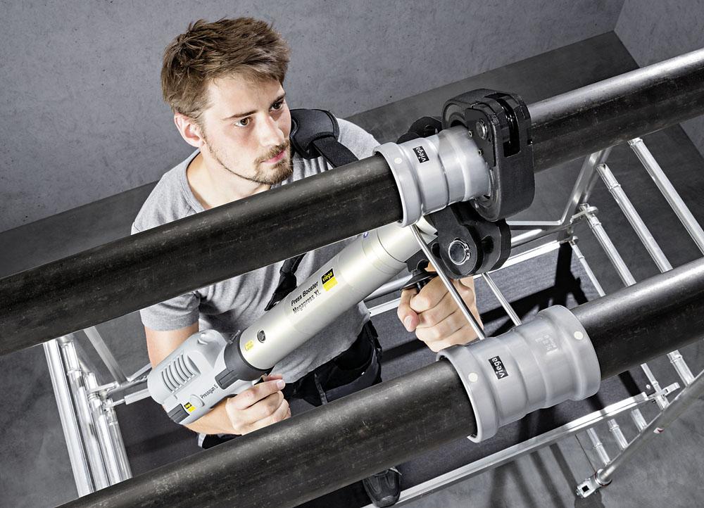 Grubościenne rury stalowe o średnicy od 2½ do 4″ można łatwo zaprasowywać stosując złączki Megapress S XL oraz Pressgun-Press Booster. Zapewnia to oszczędność czasu sięgającą 80% w porównaniu z tradycyjnym spawaniem