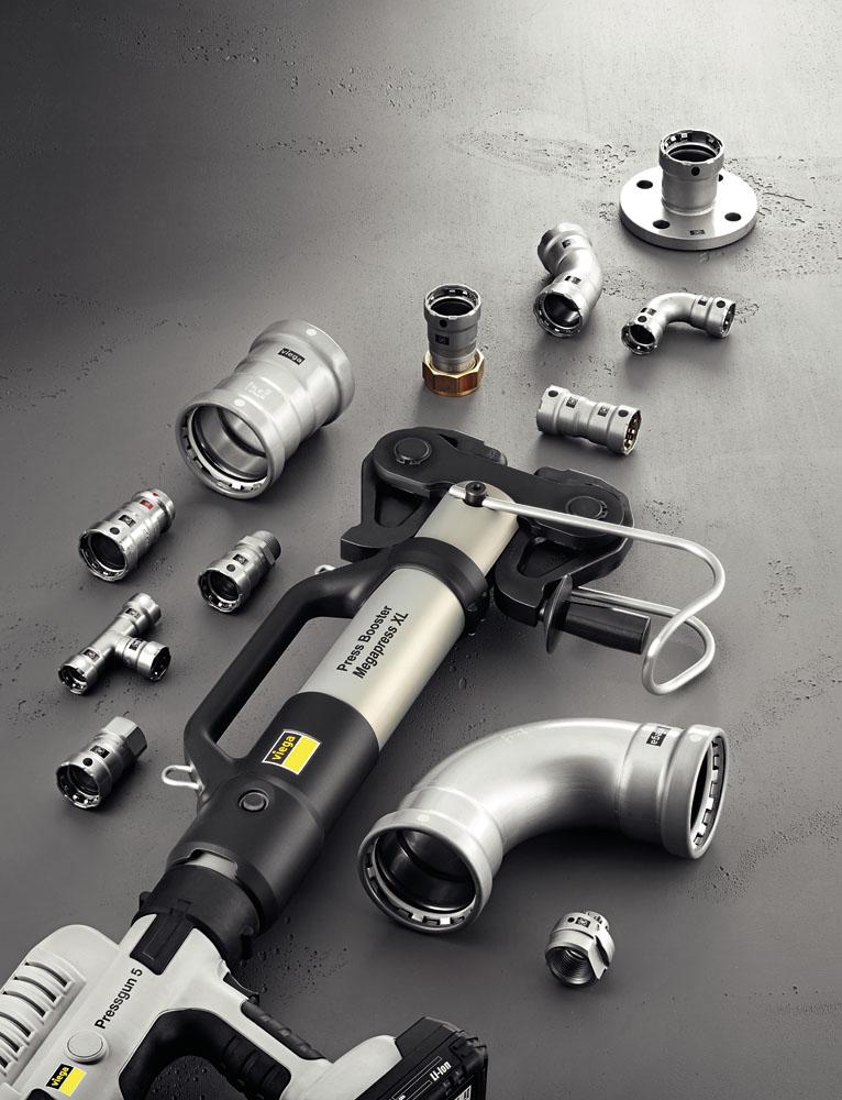 Nowe elementy w rozmiarze XL stanowią uzupełnienie systemu połączeń zaprasowywanych do grubościennych rur stalowych Megapress